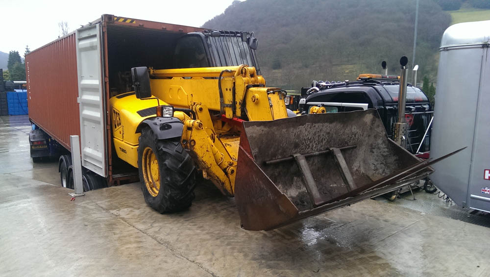 container heavy equipment transportation